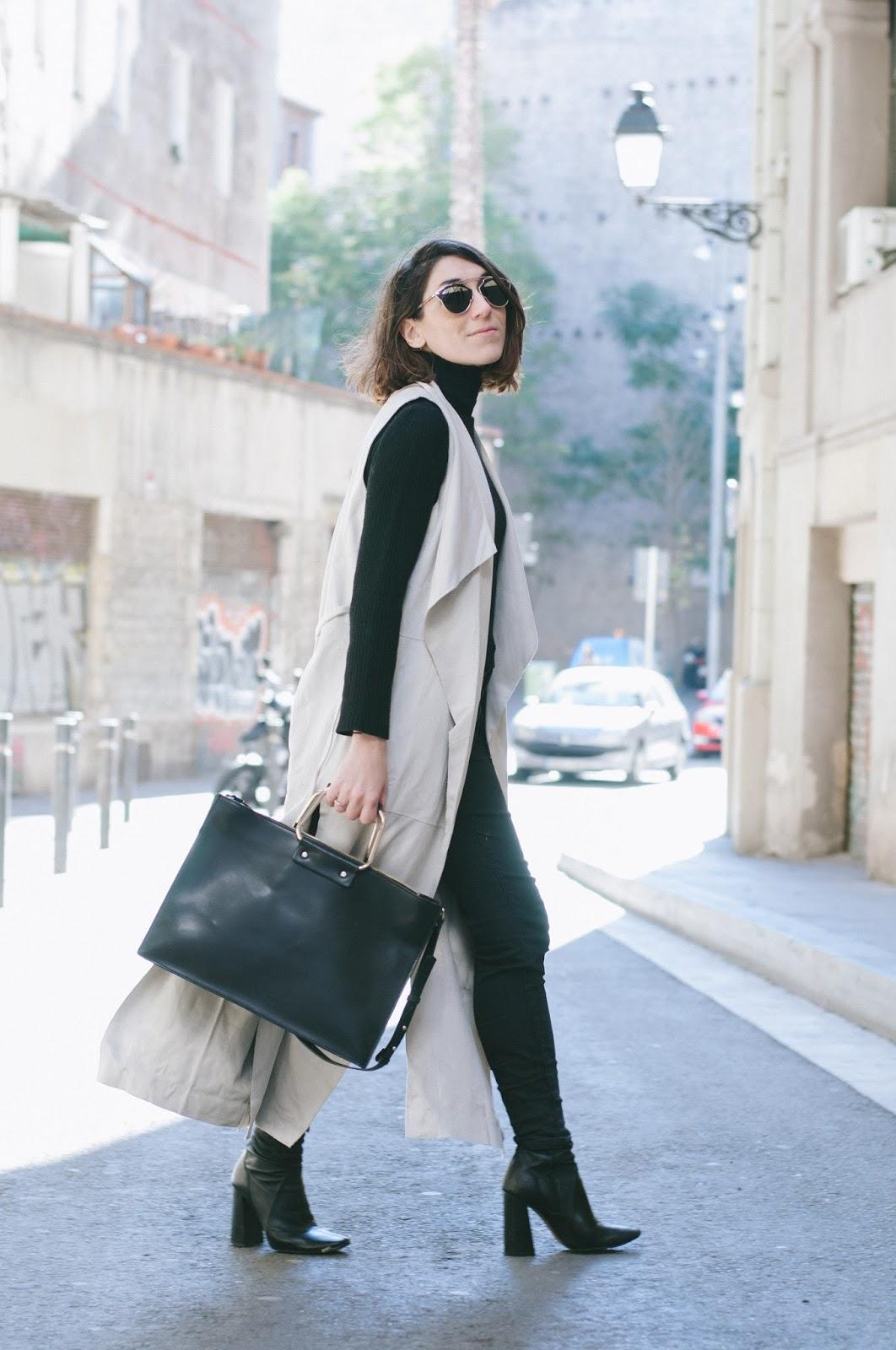 Chaleco Mango, Jersey , botines, tejanos, cartera Zara