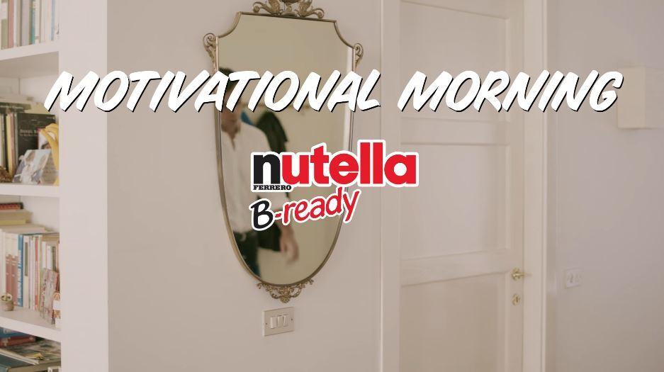 Modello Pubblicità Nutella B-ready augura buongiorno a tutti: Foto e nome Testimonial spot 2017