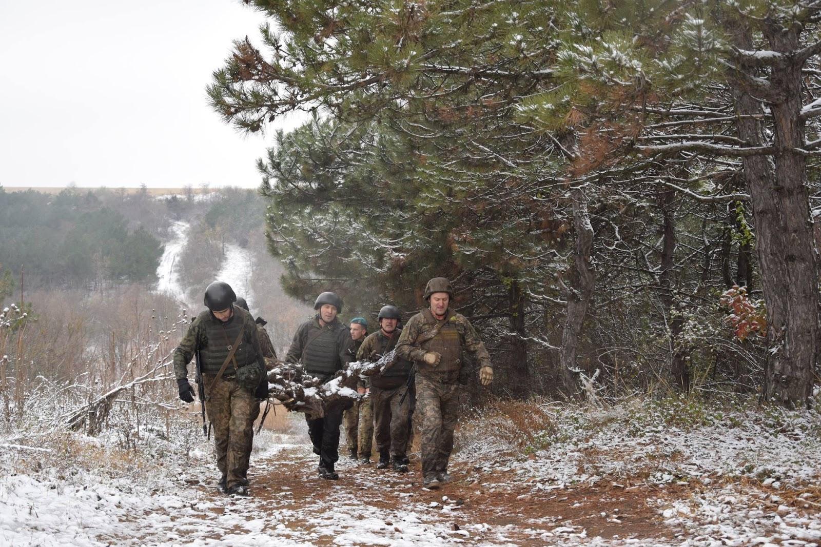 У 35-й бригаді здобували право носіння берета морпіха