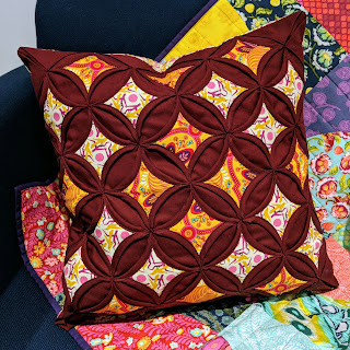 cathedral windows cushion quilting