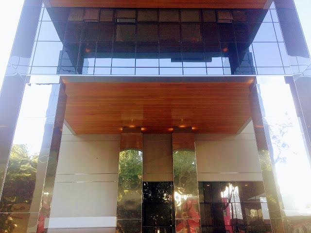 Teto madeira verniz-area-externa