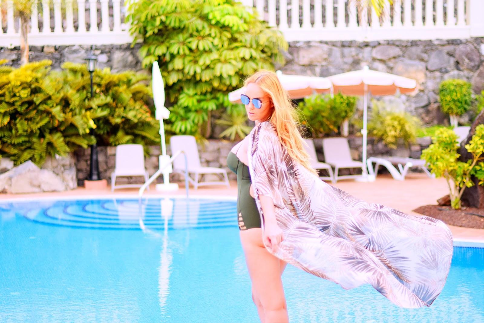 look piscina, oysho, h&m , bolon, opticalh, uzurii, nery hdez, summer look, magdala bijoux