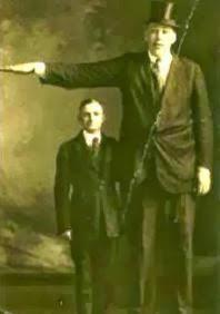 Johan Aason manusia tertinggi di dunia yang pernah ada