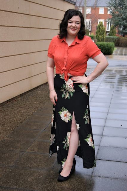 Styling a floral maxi skirt...