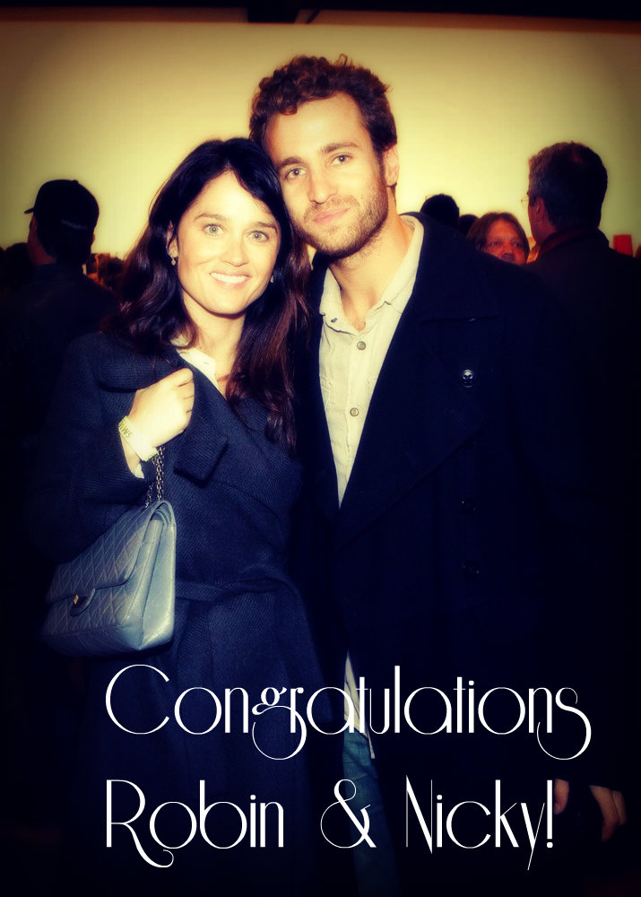 Robin Tunney Is Engaged