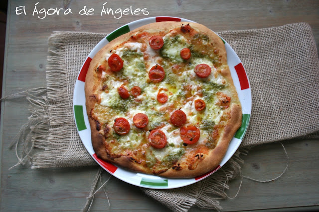 Pizza casera, pizza caprese