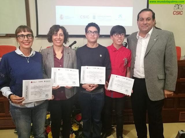 El Cabildo felicita a los alumnos del IES El Paso ganadores del 'Premio CSIC-Canarias 2018' de divulgación científica
