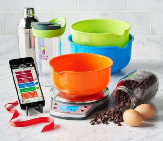 The holiday gift guide 2016 technology edition blogs for Perfect drink pro scale