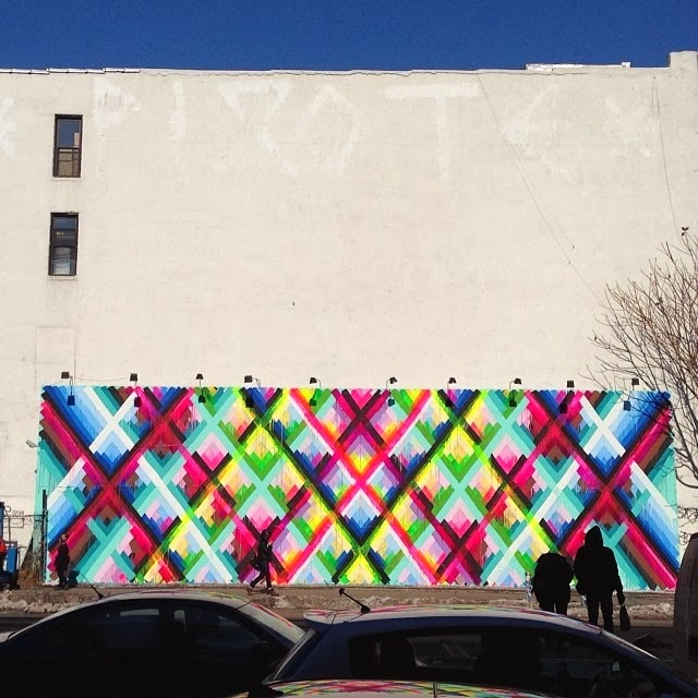 Maya Hayuk spent the last few days working on this new street art piece on Houston and Bowery in New York City, USA. 1