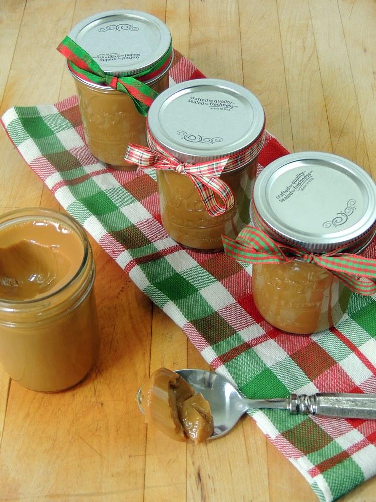 Slow cooker dulce de leche bobbi 39 s kozy kitchen for Dulce coffee studio