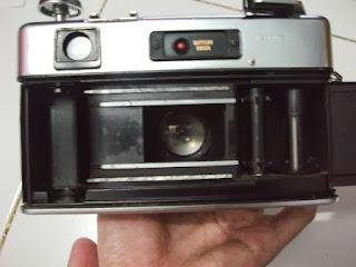 Bagian dalam Yashica Electro 35 GSN