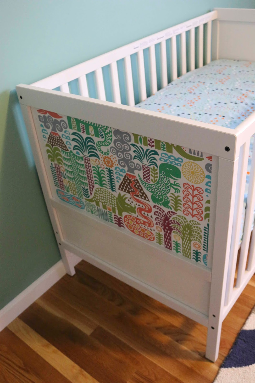 chemknits ikea sundvik hack a dinosaur crib. Black Bedroom Furniture Sets. Home Design Ideas
