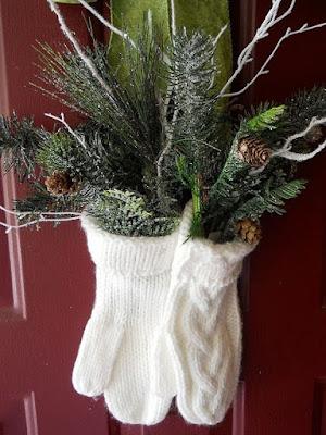 http://bsneeringer.blogspot.com/2011/12/ready-for-more-decorations.html?m=1