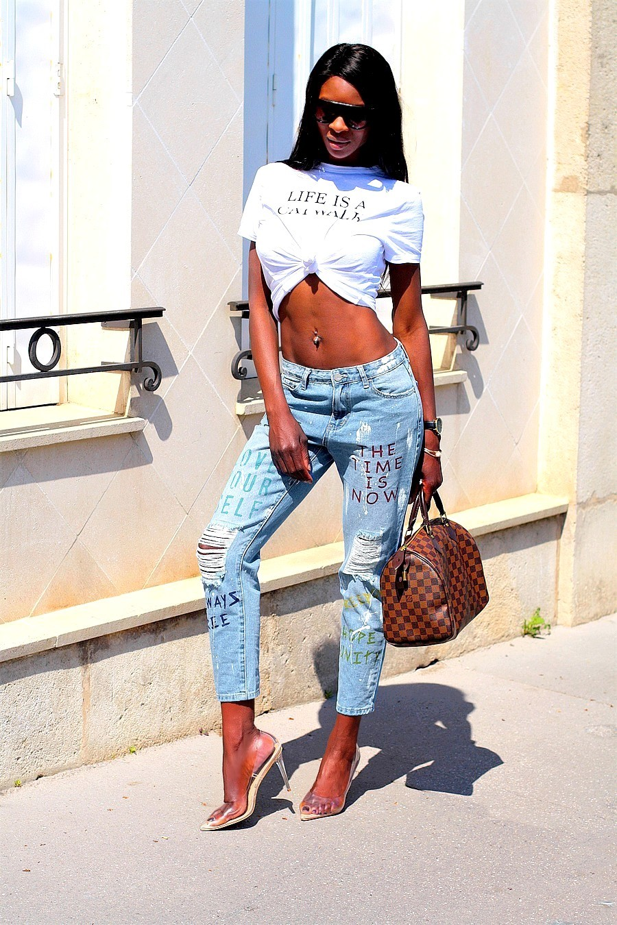 t-shirt-imprime-jeans-mom-boyfriend-instagirl