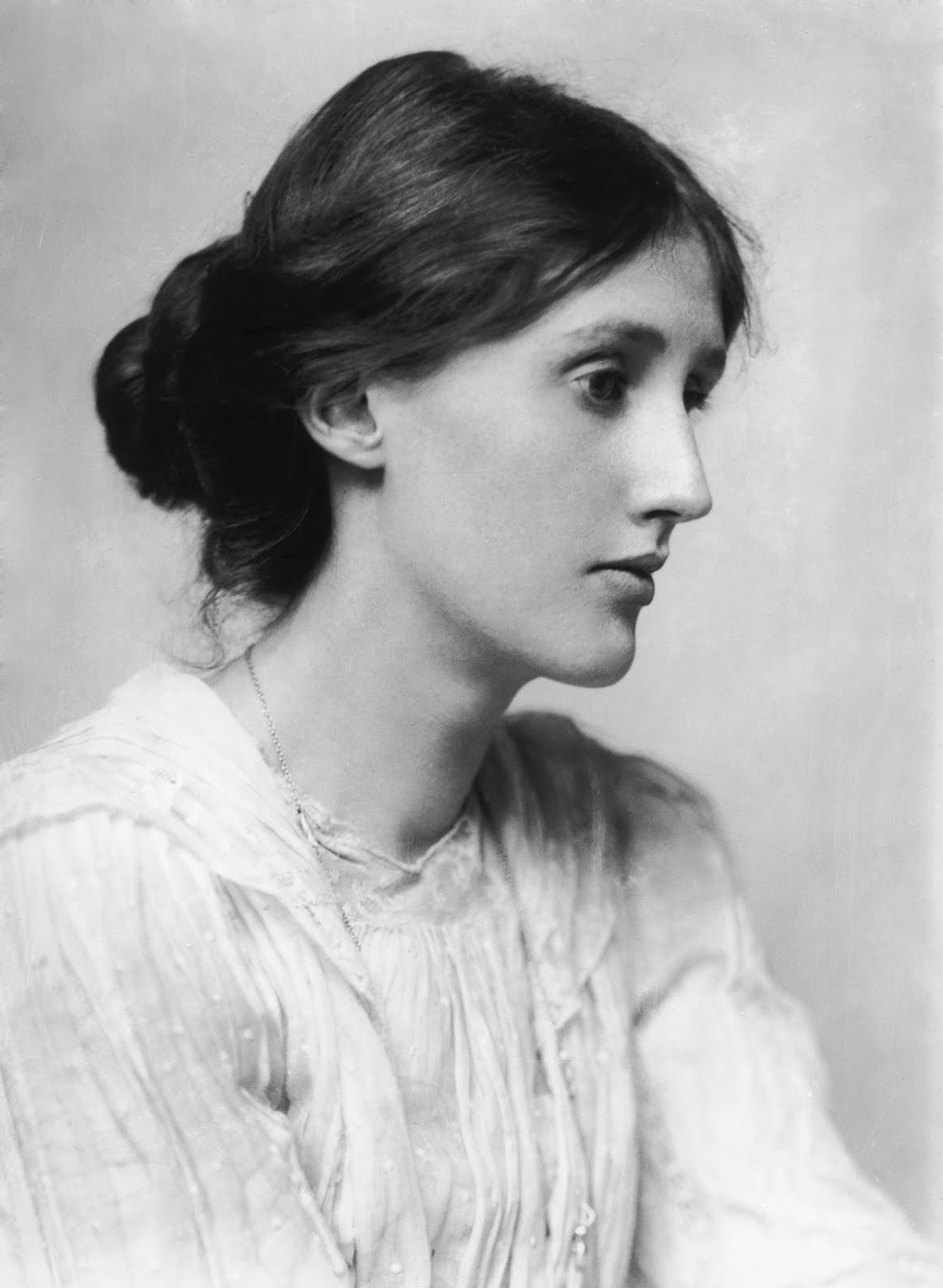 A Summary and Analysis of Woolf's To the Lighthouse ...