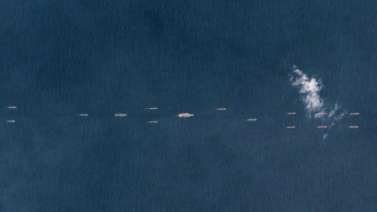 Китай показал свой военный флот