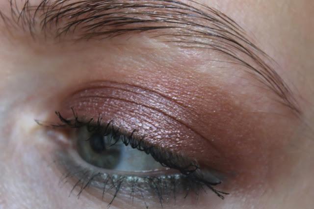 макияж глаз кремовыми тенями