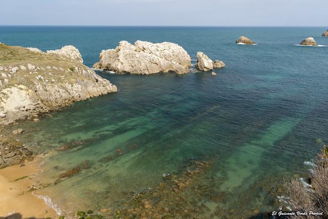 Vista desde Punta del PIno, Costa Quebrada - Cantabria, por El Guisante Verde Project