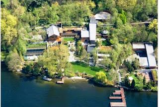 Rumah Mewah Linda Onn Yang Berkonsep Naturalis