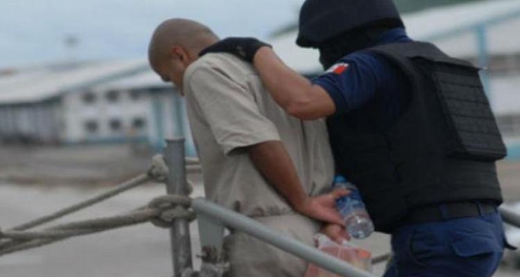 Trasladan a miembros de los Zetas y del Cártel del Golfo de Tabasco