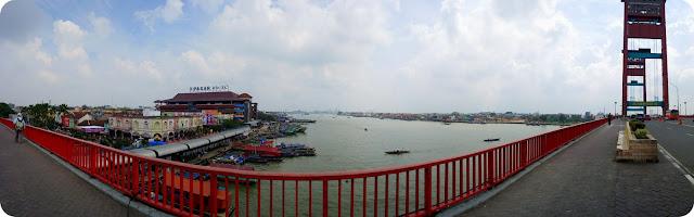 Gerhana+Matahari+Dari+Jembatan+Ampera+Palembang