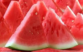 5 Manfaat Buah Semangka Untuk Kecantikan dan Kesehatan Anda!