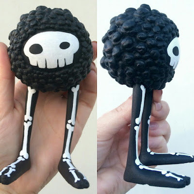 Skully Bloom Resin Figure by Kyle Kirwan