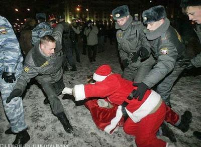 Lustiges Bild ärgere nicht den Weihnachtsmann