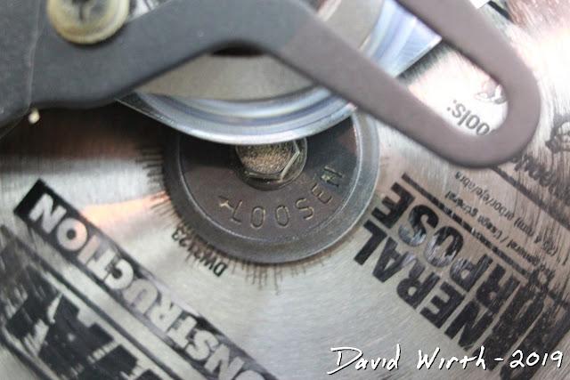 access to reverse thread blade bolt