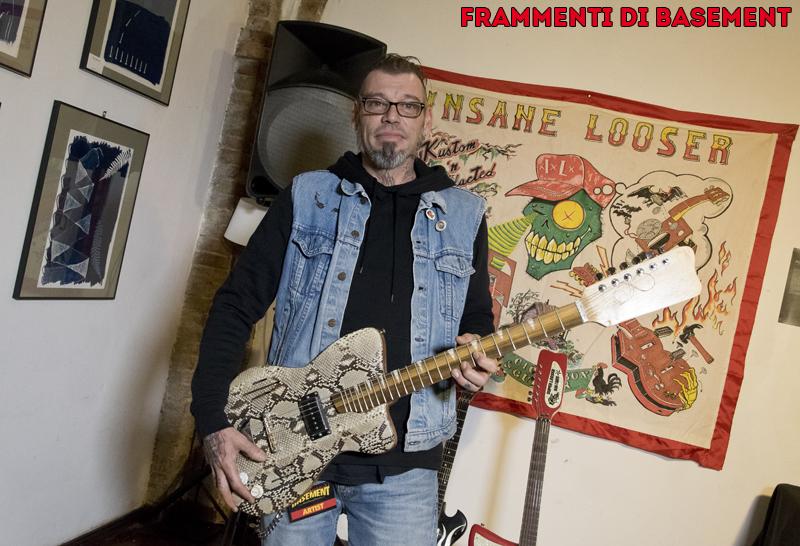 """Alberto Forstner e la chitarra """"pitonata"""""""