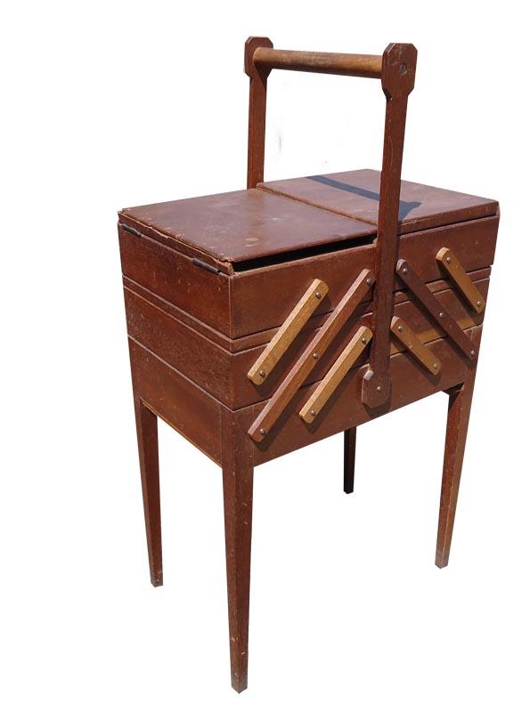 biblots et patinette travailleuse meuble de couturi re. Black Bedroom Furniture Sets. Home Design Ideas