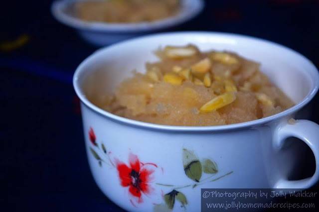 https://www.jollyhomemaderecipes.com/2018/10/sooji-halwa-recipe-how-to-make-sooji-ka.html