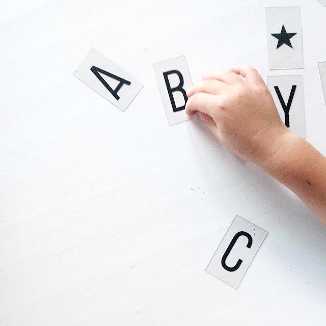 Vorschule . Schultüte - Stress bei Kindern - Schulanfänger - Schulstart - 1. Klasse - Selbstwertgefühl stärken - Tipps für Eltern -