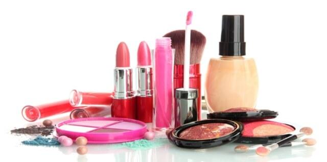 Beli-belah Produk Kecantikan Secara Online dengan Diskaun Hebat
