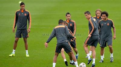 الإسبان لوحدهم والأجانب لوحدهم تدريبات ريال مدريد أخرى