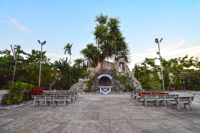 Ảnh tôn giáo: Nhà thờ Giáo xứ Vân Đõa, Bình Đào, Thăng Bình, Quảng Nam