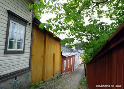 Sozinha em Porvoo - Finlandia