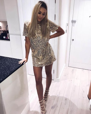 vestido corto elegante con lentejuelas
