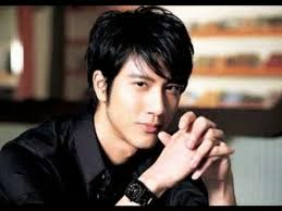 Wang Leehom 王力宏 Ni De Ai 你的愛 Your Love Mandarin Lyrics