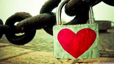cadenas-coeur-sur-grosse-chaine