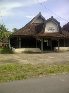 Desa Sukarara