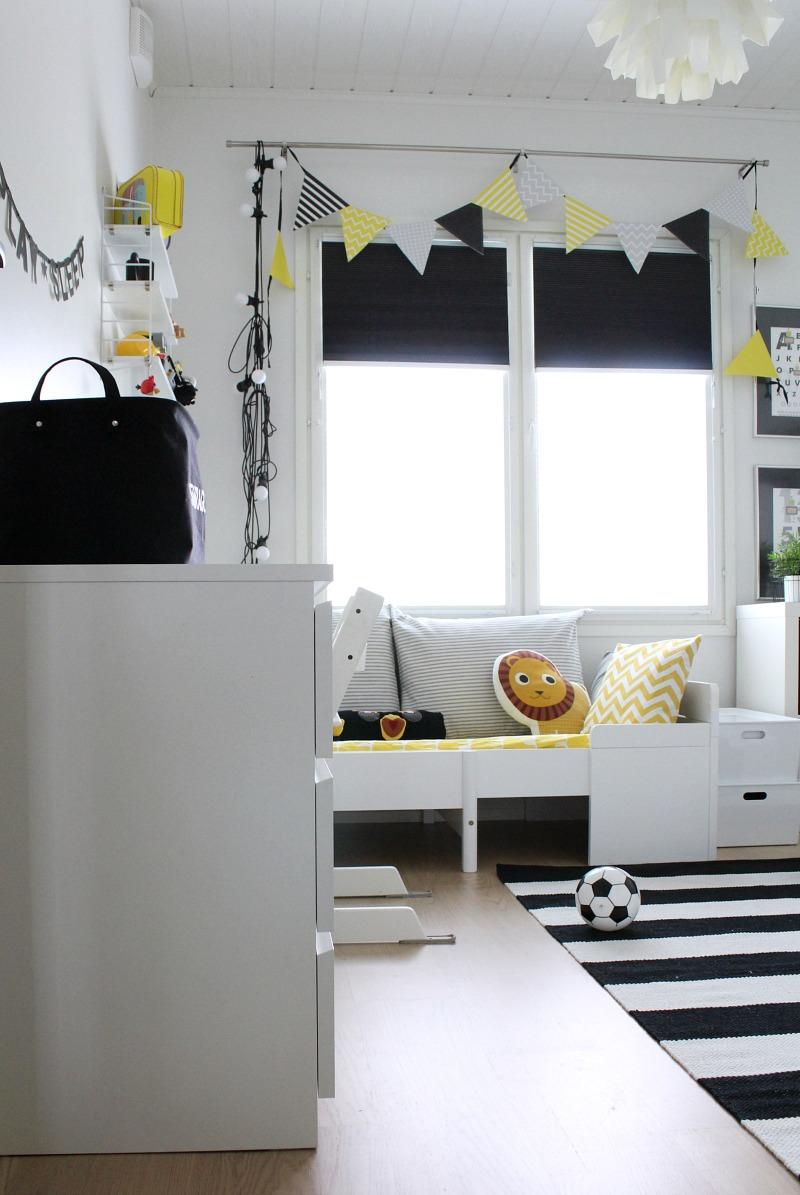 mustavalkoinen matto lastenhuoneeseen