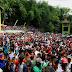 100 Ribu Pengunjung Rebutan 5 Ton Apem Jatinom Di Acara Saparan Yaa-Qowiyu.