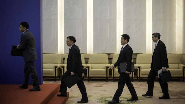 Autoridades chinesas comunicaram a nova lei ditatorial de ONGs.