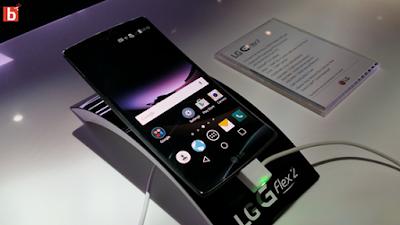 LG G Flex gia re tai ha noi