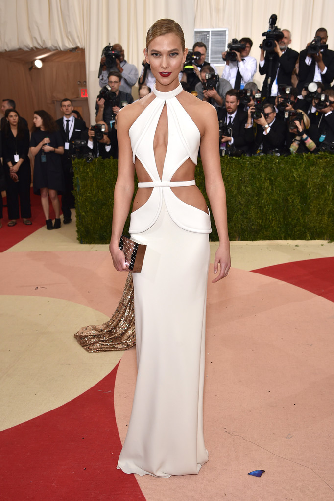 Karlie Kloss at the 2016 MET Gala
