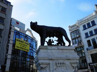 Bucarest la lupa