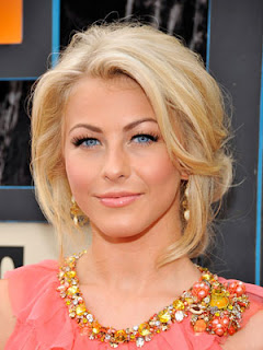 Young Style Model: Julianne Hough