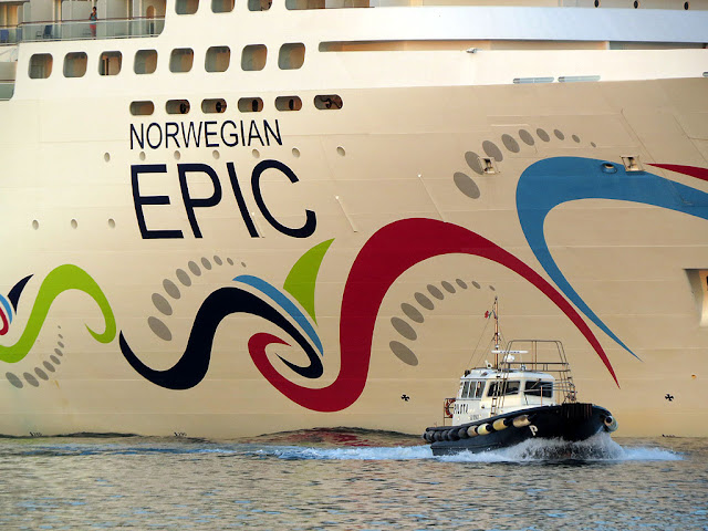 Cruise ship Norwegian Epic, IMO 9410569, port of Livorno