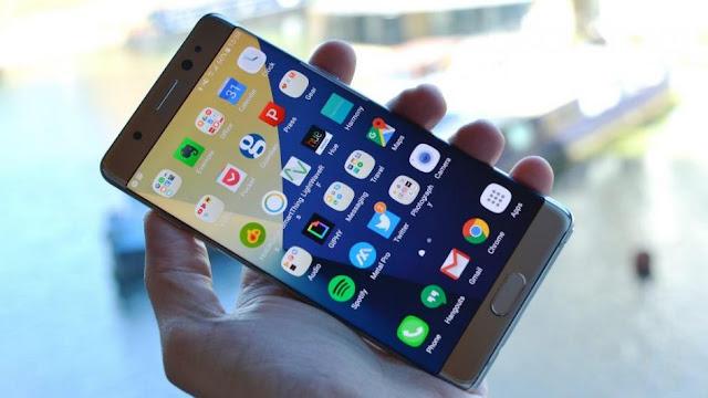 فضيحة كبيرة بسبب أحتراق هاتف نوت 7 وبسبب شكاوي المستخدين سامسونغ توقف المبيعات ! هاتفها الذكي الجديد غالاكسي نوت  خسرت سامسونغ   7 مليارات دولار أمريكي , عالم التقنيات  ,بسام خربوطلي